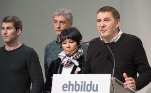 Otegi pide una alianza «antifascista» ante el auge de «las derechas»
