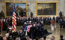 Homenaje a George H.W. Bush