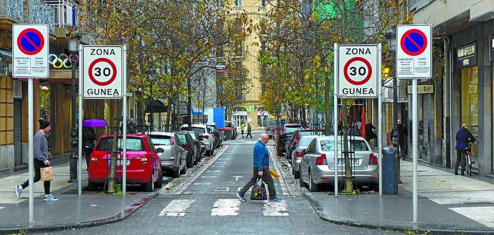 La calle Larramendi será peatonalizada el próximo verano entre Urbieta y Prim