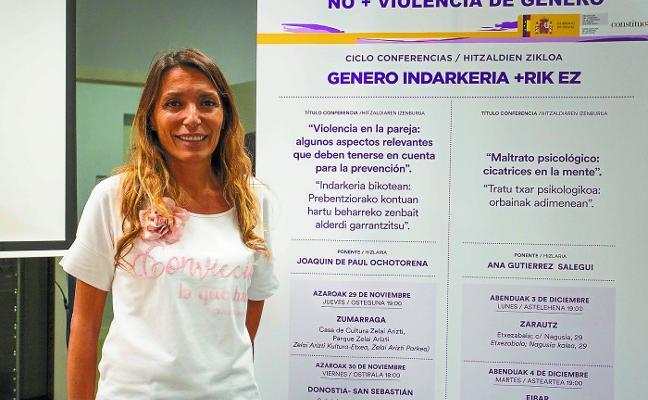 Ana Gutiérrez: «El amor maltratador se vende como si fuera cariño y protección»