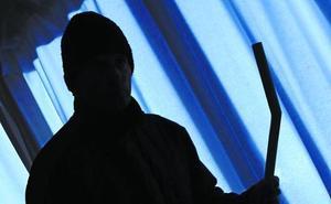 La Ertzaintza pide extremar la seguridad ante robos en el puente y en Navidad
