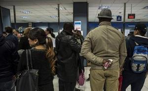 La nacionalización de extranjeros en Euskadi cae por problemas informáticos