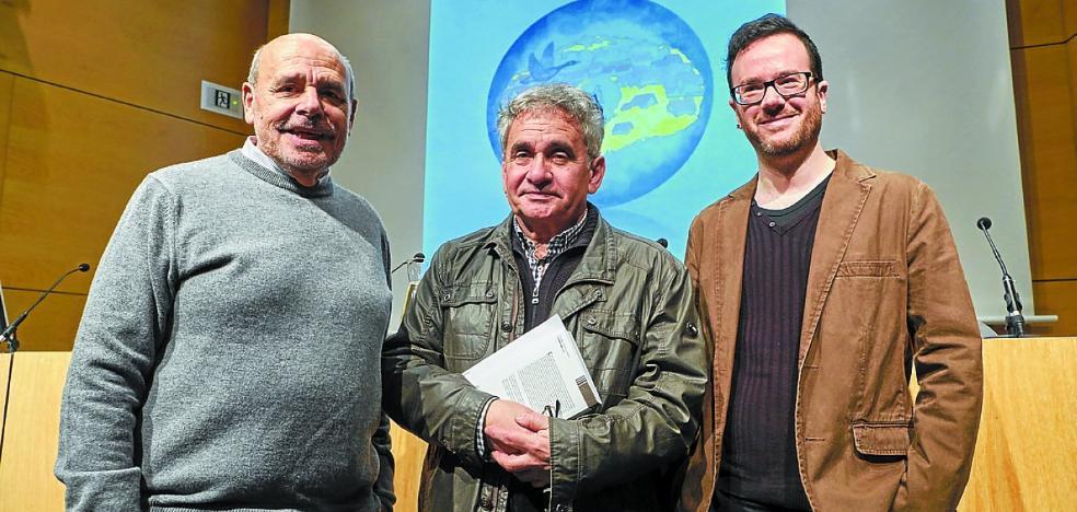 «Bernardo Atxaga ha sufrido muchas envidias»