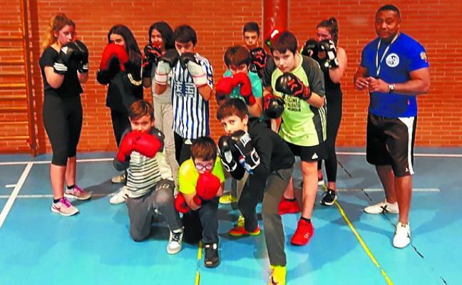 Zumaian Cuban Boxing cuenta este curso con 62 alumnos de distintas edades