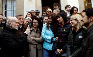 El independentismo 'conmemora' la Constitución haciendo un ayuno de 24 horas de apoyo a los presos en huelga de hambre