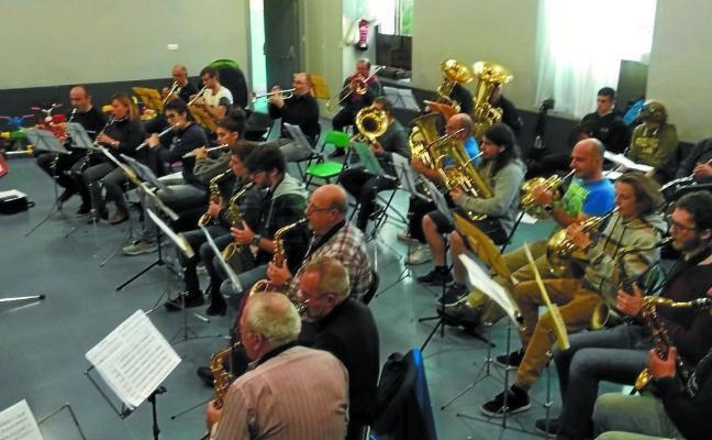 La música llama a la solidaridad con Aspanogi