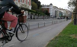 Mucho coche y poca bici para ir a la uni
