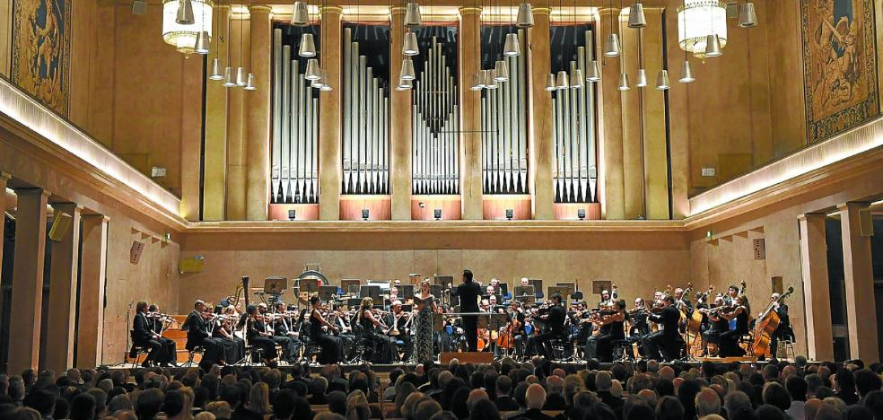 «La orquesta debe naturalizar su presencia internacional»