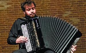 400 acordeonistas compiten en Arrasate