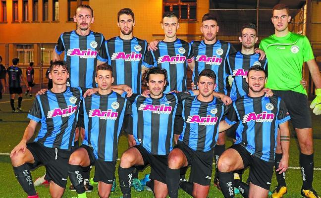 El Ostadar Arin Express de Regional Preferente de fútbol no falló ante el colista Mariño (0-1) en Irun