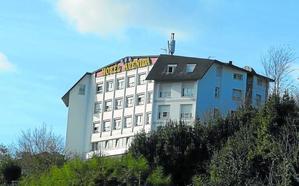 Un incendio obliga a desalojar a más de cien clientes de un hotel de Donostia
