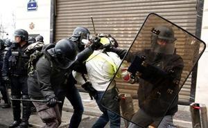 Gases lacrimógenos, cargas... Los disturbios, en imágenes
