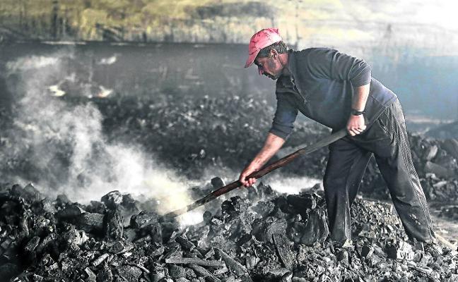 Carbón para los más pobres
