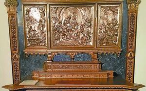 Un altar damasquinado único en el mundo