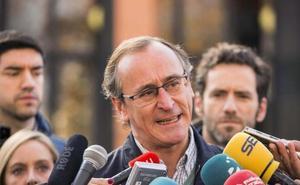 Alonso emplaza al PSE a ser exigente con el PNV