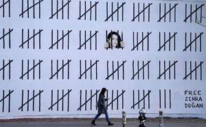 Elkartasuna Zehra Dogan artista eta kazetari kurdu atxilotuarekin