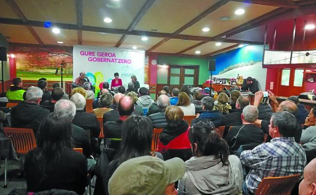 Asamblea de EH Bildu sobre las elecciones municipales y su nueva aplicación informática
