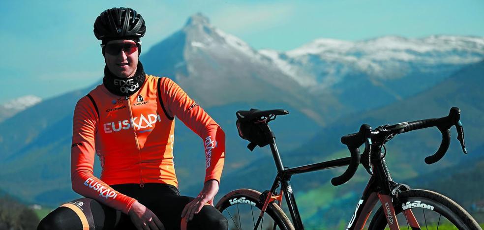 Iker Azkarate: «No tenía ilusión por la bici, quería vivir»