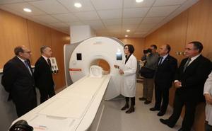 Un equipo de resonancia magnética de última generación en el Hospital Donostia