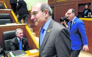 El PP da oxígeno a Darpón tras rechazar una comisión que investigue la OPE