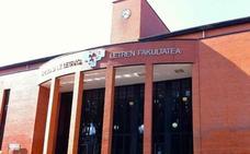 En libertad con orden de alejamiento los dos detenidos por la paliza a un universitario en Vitoria por defender la unidad de España