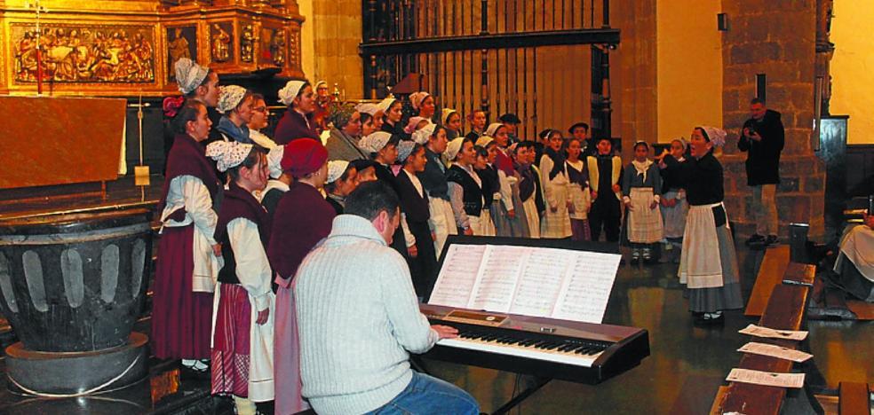 Los coros de Hernani se reúnen hoy para el Concierto de Villancicos
