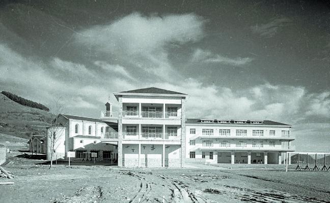 1918: La fundación Goyeneche