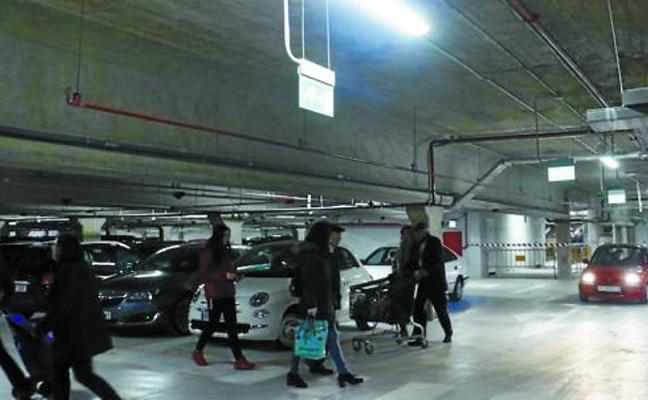 La primera planta del parking de Santa Bárbara se reabre con «normalidad» tras las reformas