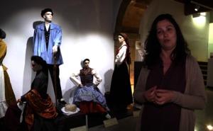 Hamaika jantzi eta argazki bilduma, garaiko Euskal Herriaren irudi