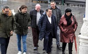El PSE reclama una lista de los perseguidos por ETA en Donostia