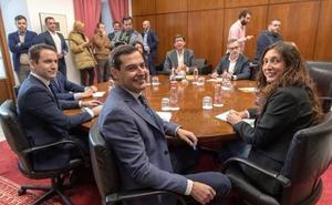 Vox se interpone en el pacto entre PP y Ciudadanos en Andalucía