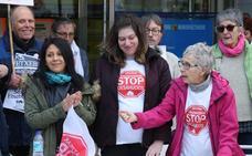Stop Desahucios pide a las instituciones más viviendas de emergencia social