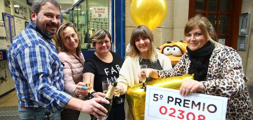 Dos quintos premios dejan casi un millón de euros en Donostia, Azpeitia y Eibar