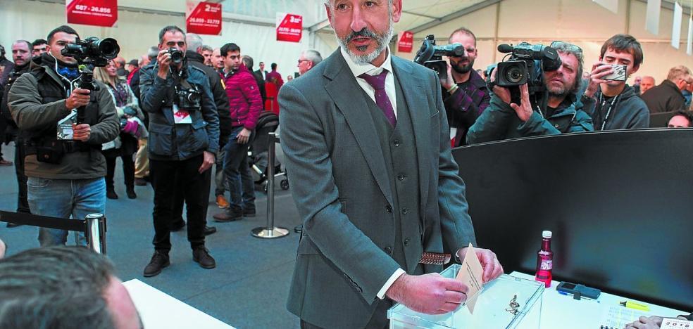 Elizegi se proclama nuevo presidente del Athletic y acaba con la era Urrutia