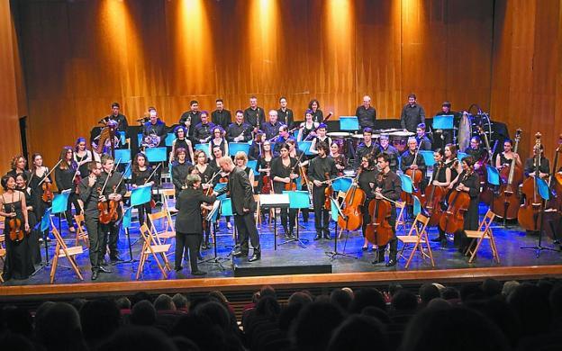 La Orquesta Taupadak, en su anterior concierto solidario ./DE LA HERA