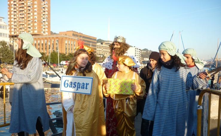 La magia llega a Pasaia por el mar