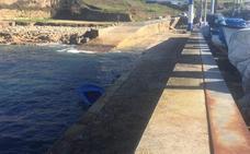 Muere un hombre que cayó al mar cuando paseaba con su mujer