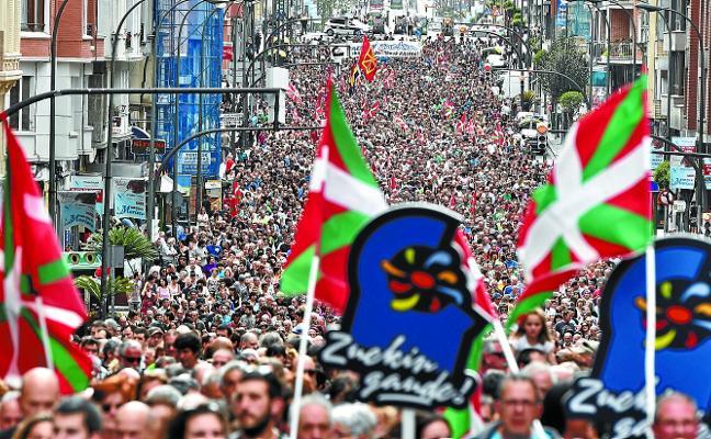 La incertidumbre política lleva a los presos de ETA a ser más proactivos en su autocrítica