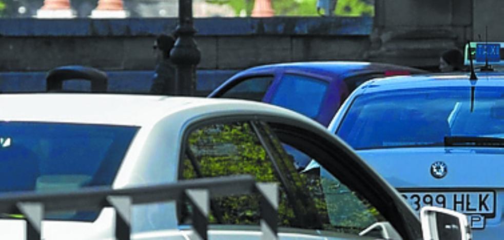 La pelea del taxi en Gipuzkoa por los servicios de hotel