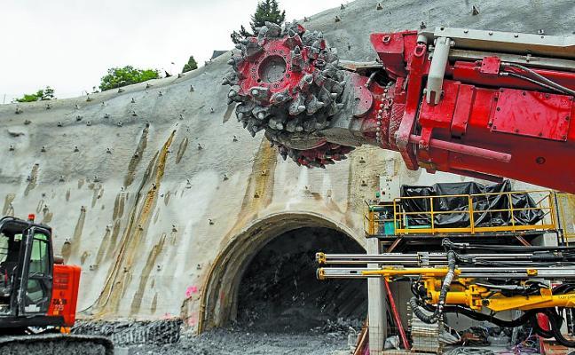La estación de Benta Berri se excavará solo de día por el ruido generado en algunas viviendas