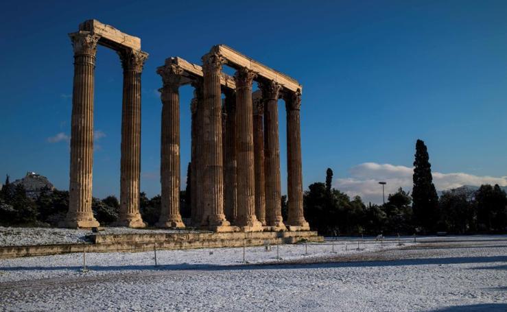 Nieve en Atenas