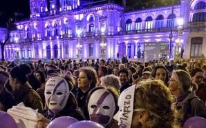 Las asociaciones feministas se alzan contra Vox