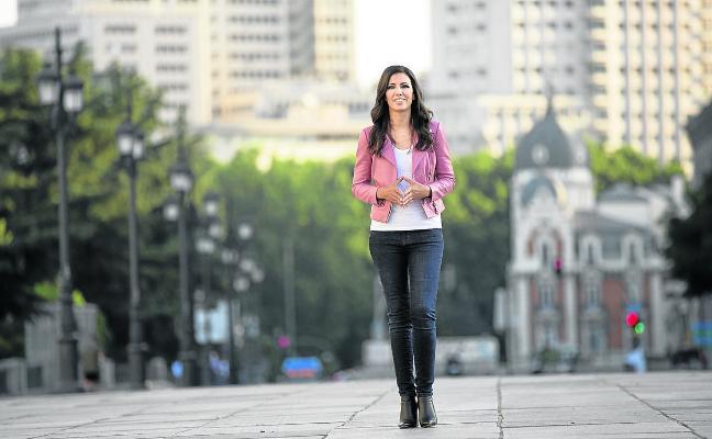 Ana Pastor: «A los jóvenes les parece normal que ETA no mate»