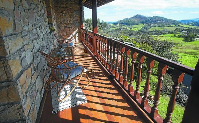 Competencia censura que Euskadi no permita pisos turísticos en el medio rural