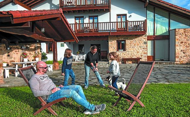 Los agroturismos temen que se permitan los pisos turísticos en entornos rurales