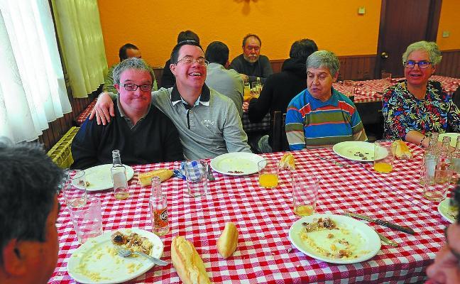 La comida de Auzokoak, camino de los 40 años