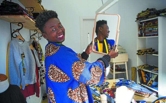 Madiel Kibangou (Maddi Sormena): «No hago ropa africana, es ropa de aquí mezclando telas y culturas»