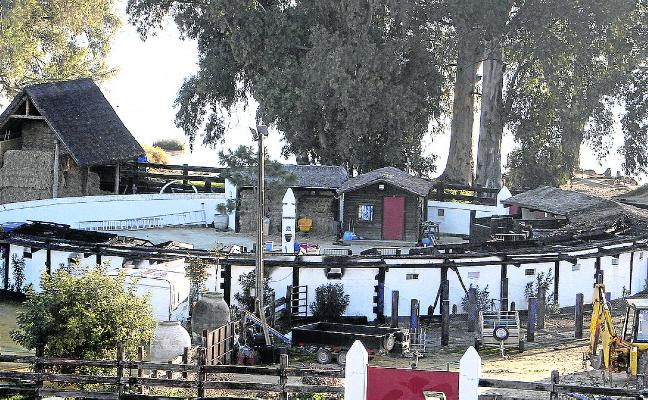 Se desata un incendio en la finca de Morante de la Puebla