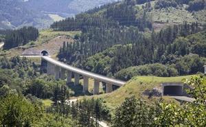 El Gobierno central ve «complicado» que el TAV llegue a Euskadi en 2023