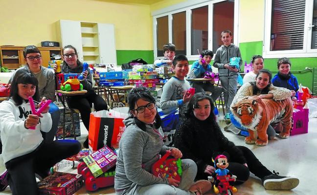 Domingo Agirre prepara su mercado solidario